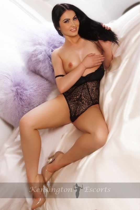 Eva - Kensington Escorts